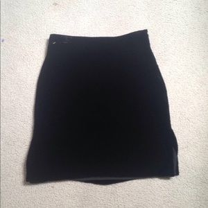 Madewell black velvet side skit skirt.